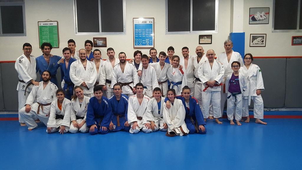 Buena tarde de judo entre amigos